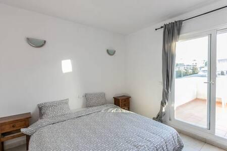 Amazing Double Room with private balcony - Sant Antoni de Portmany
