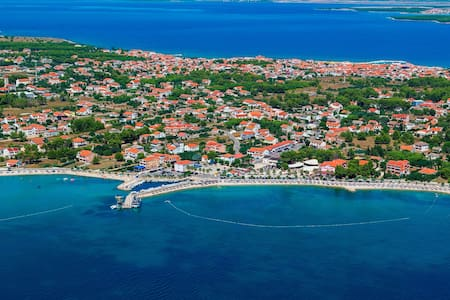 Charming vacation on island Vir
