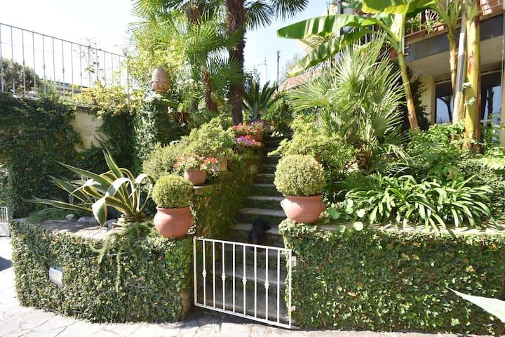 Maison de vacances confortable à Biganzolo avec jardin
