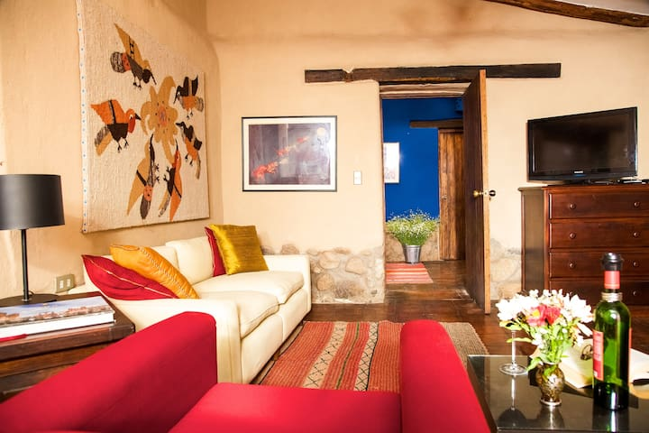 Beautiful cozy bungalow in Urubamba, Sacred Valley - Urubamba - Bed & Breakfast