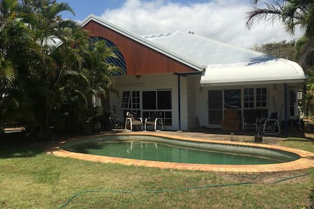 CORAL BEACH SEAFRONT BNB WITH POOL