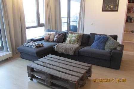 Spacious 1 bedroom apartment close to Amsterdam - Zaandam - Apartamento