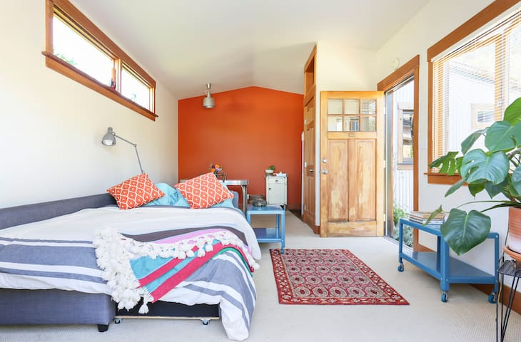 Beautiful Garden Bungalow - Emeryville - Altres