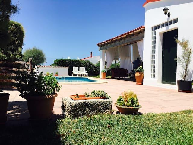 Cosy summer house in front of sea - Ciudadela de Menorca - Huis