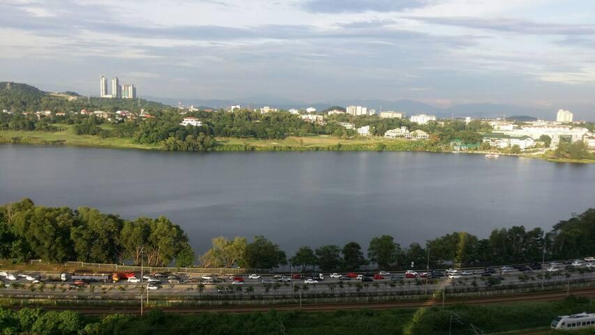 Resort life style, East lake condos - Seri Kembangan - Appartement