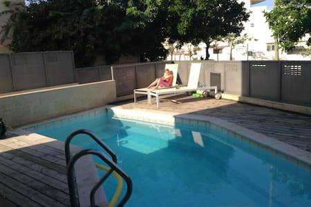 Rooms on a beautiful vila - Netanya - Villa