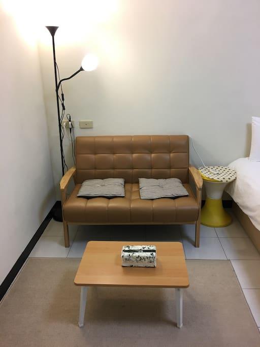 舒適的小沙發