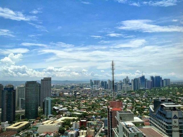 Gramercy Res., studio, 46th  floor. Amazing view. - Makati - Appartement