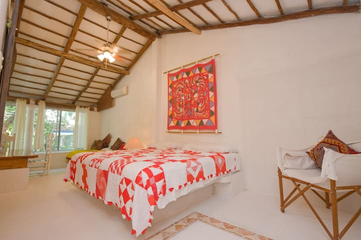 B&B Tambuuco- Room   Cuija - 50 m to beach