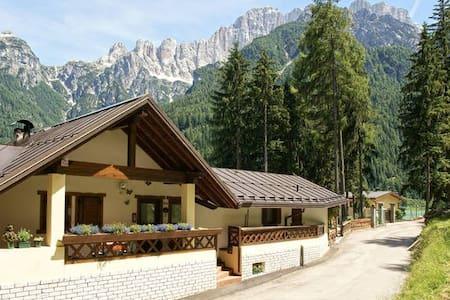 Chalet al Lago Alleghe Marmolada  - Alleghe  - Blockhütte
