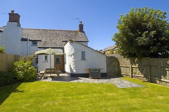 Beautiful Cornish Cottage - Bude - Hus