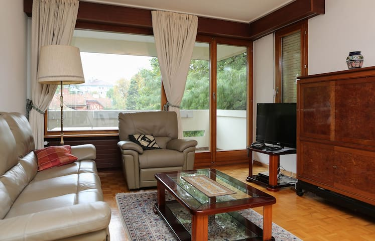 Beautiful Champel flat with terrace - Geneva - Apartemen