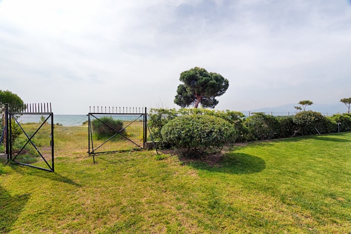 Villa Hoopoe-30meter from the beach