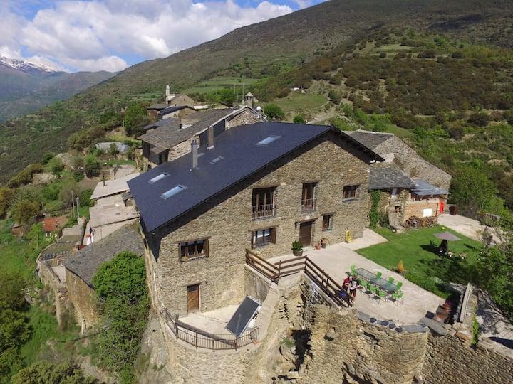 Refugi rural  Casa Canelo, Pirineus.