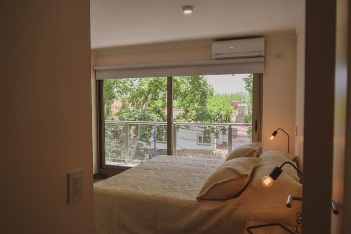 Habitación en suite con balcón