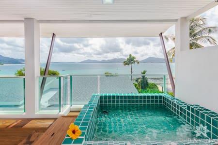Ocean View Loft Apart w/ Jacuzzi - Wichit - Apartment
