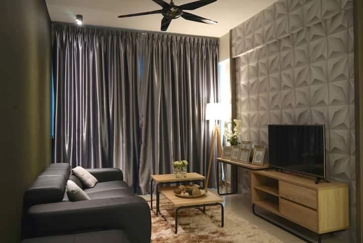 Incredible Luxury @ The Majestic (1 Bedroom Suite)