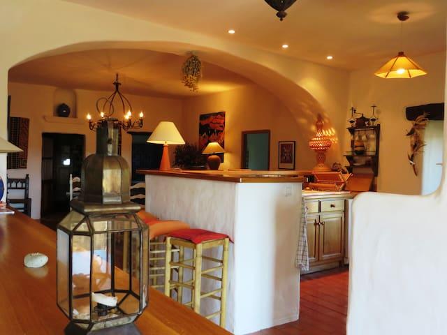 Habitación en hogar con encanto - Rabós - Casa