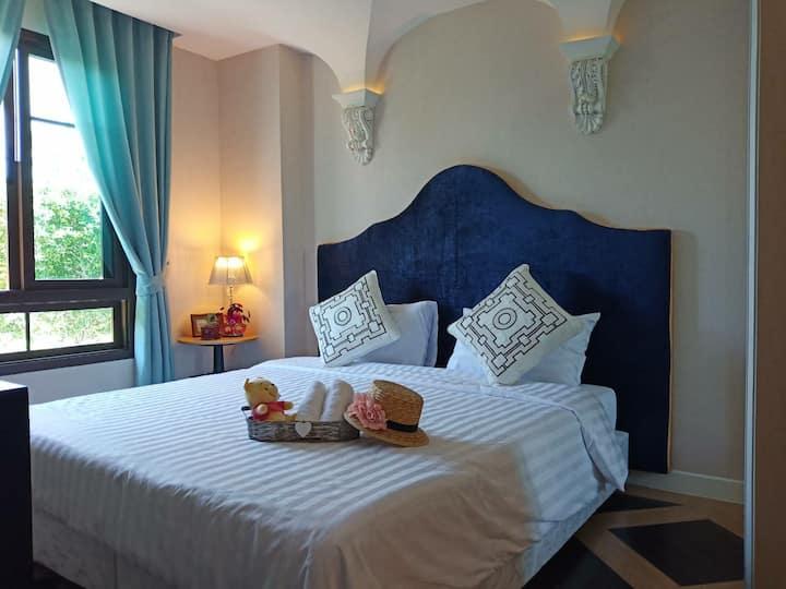 Luxury One Bed Espana condo By fernweh #IDC119