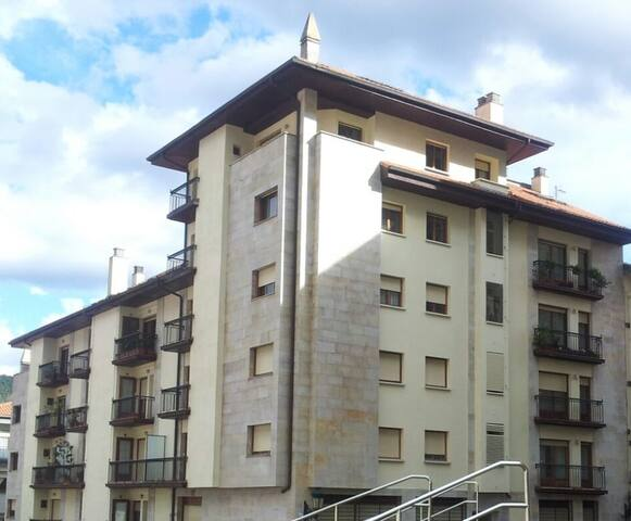 Wonderful apartment in Gernika, 30min from Bilbao.