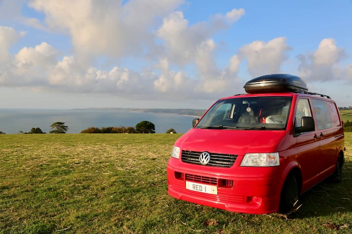 Cool and Cosy VW Campervan for hire