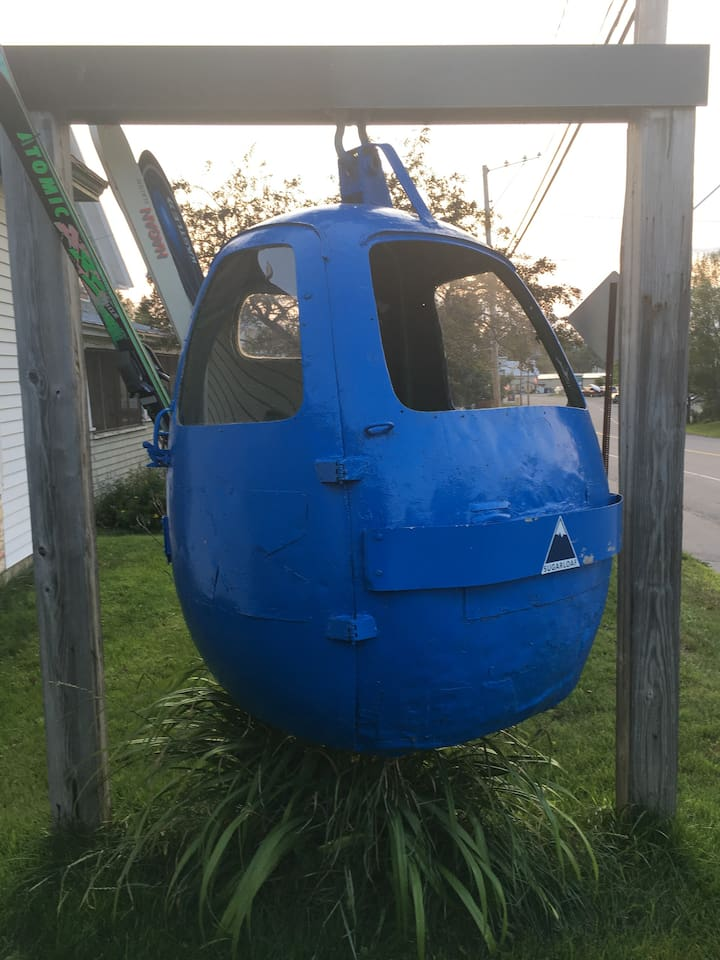 This Blue Gondola once took Skiers to the Summit at Wildcat Mountain New Hampshire over looking Mount Washington. It was taken down in the 90s.  Then found its way to South Berwick Maine. In 2016 it was restored and moved here to Strattom Maine.