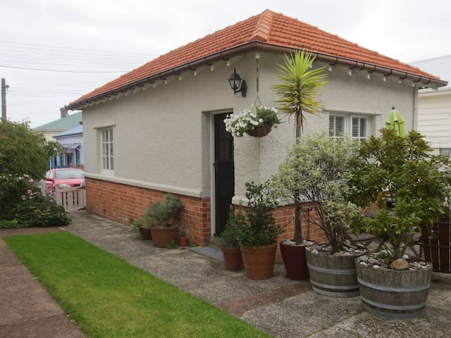 The Old Devonport Police Station - Auckland - Holiday home