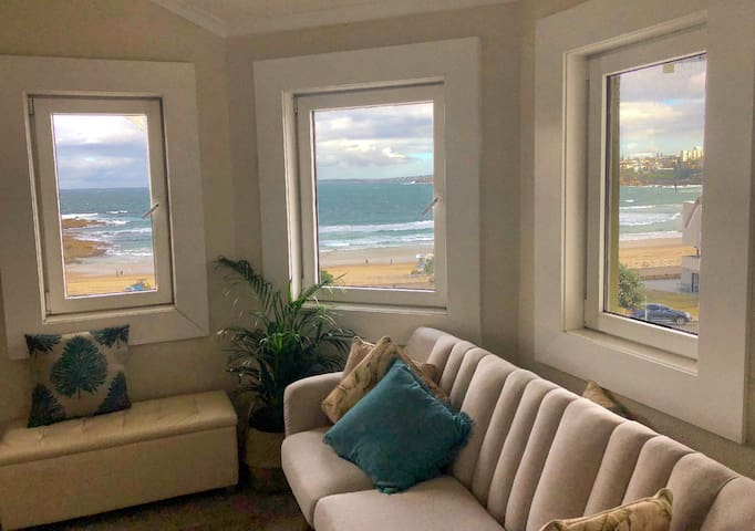 Beachside w/ocean views - monthly discount
