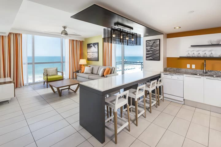 Wyndham Clearwater Beach ~ Family Friendly Resort