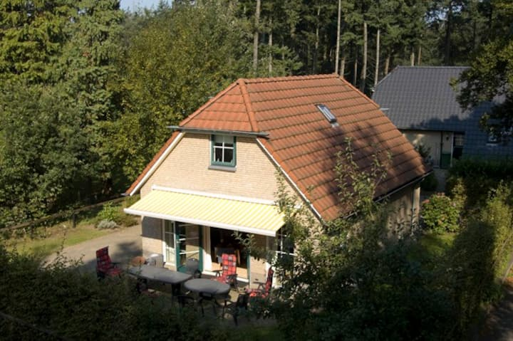 Veluwe 146 #12+2 persoons luxe bungalow #bos