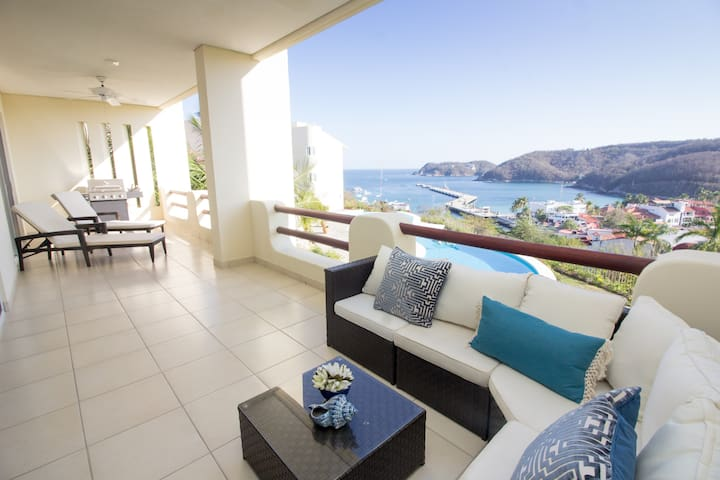 Oceanfront Luxury & Centrally Located
