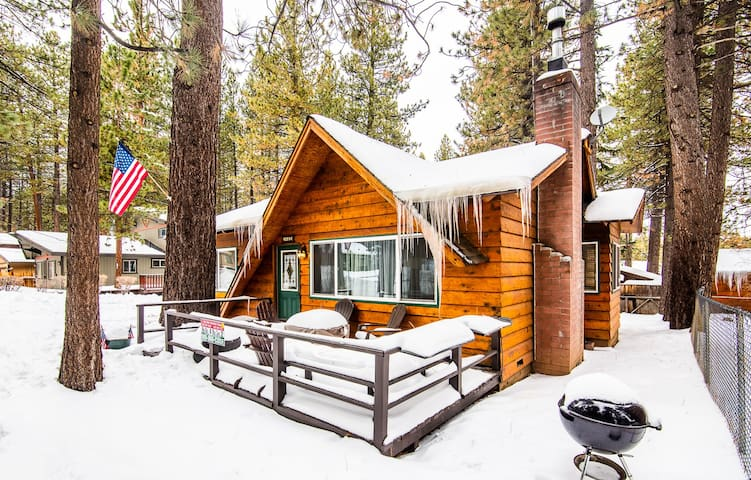 Modern Rustic Cabin Experience
