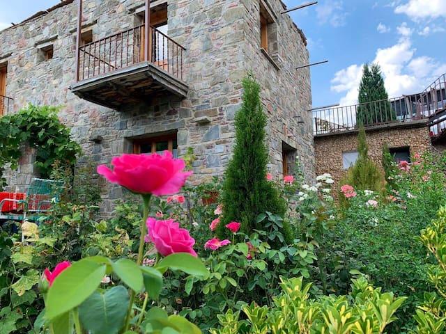 Alojamiento rural.  Comodidad  y naturaleza