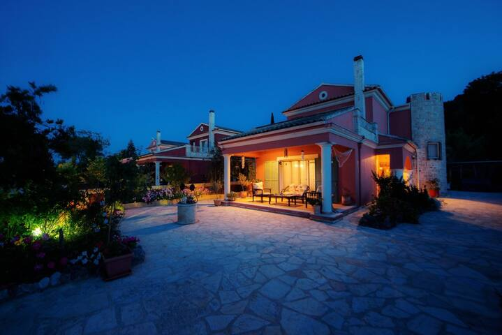Home Sweet Home - Potamos - Ev