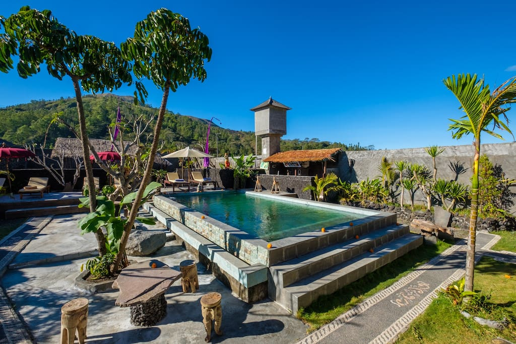 POOL VIEW AND MOUNT BATUR VIEW
