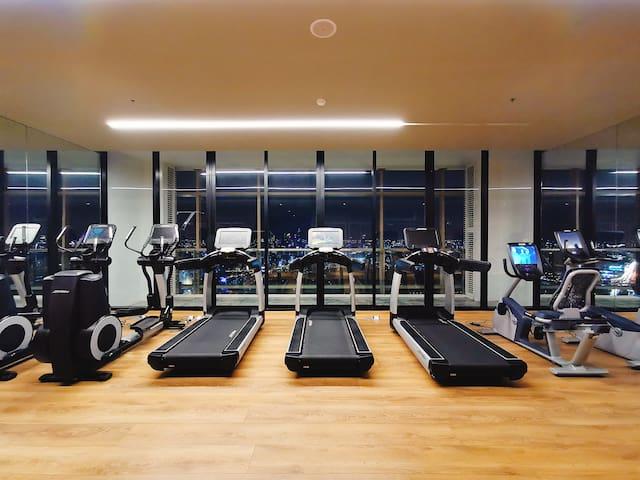 Sky Gym 空中健身房