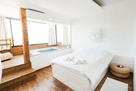 Romantic place for couple•xl-bathtub•VILAMOURA
