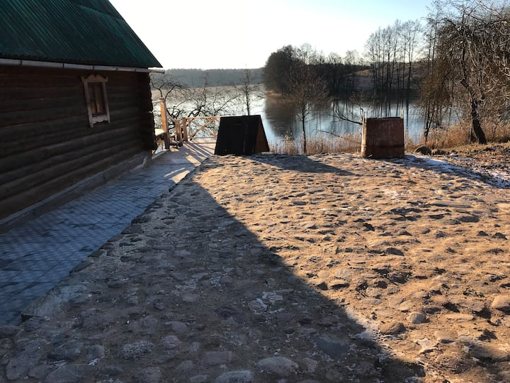 Дом на самом берегу. Нарочанская гряда озер