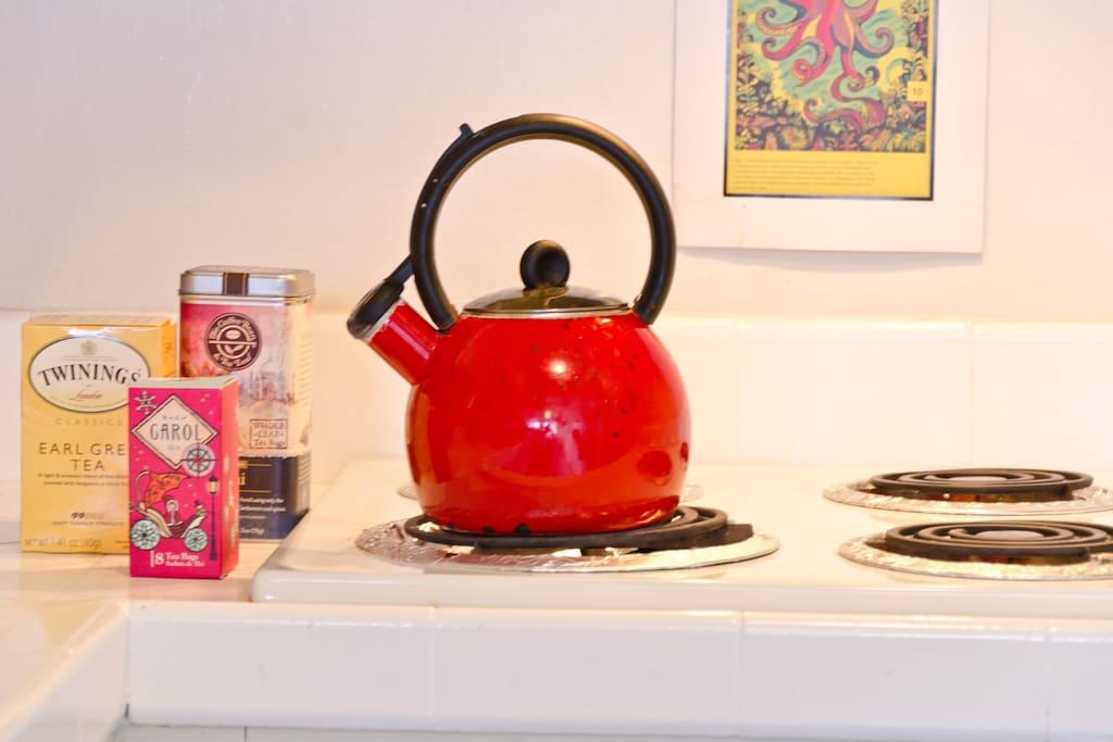 I like to drink tea. :) its yummy.