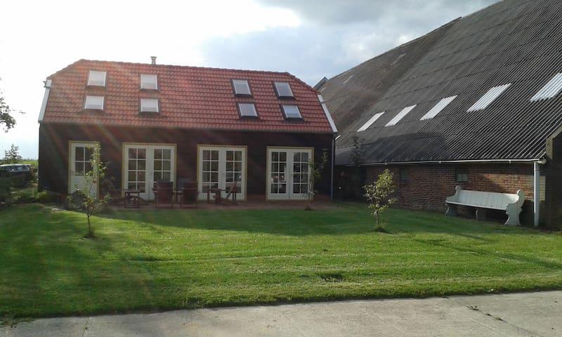 Buitenverblijf Buiten Westen - Lageland - House