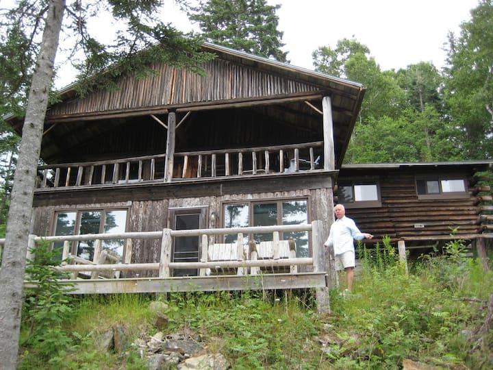 Cozy Log Cabin on Penobscot Bay
