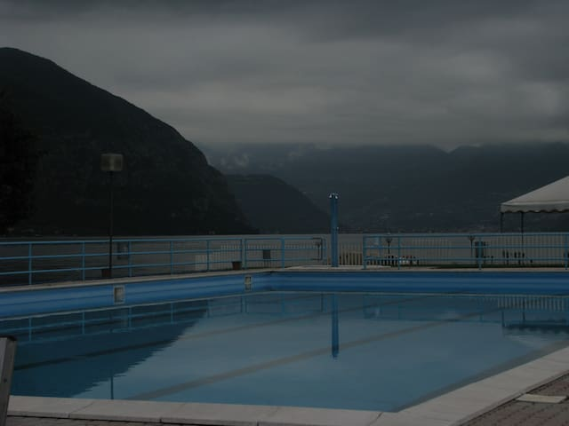 the swimming pool 200 m from the house