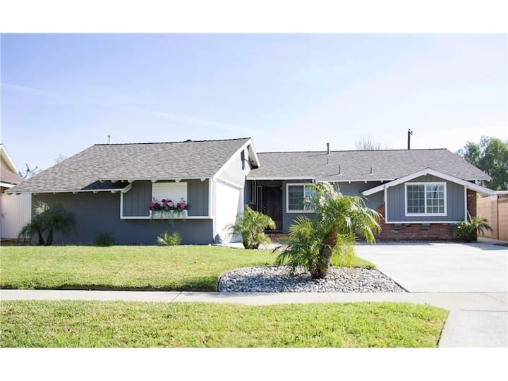 Central Location 4 Bedroom House