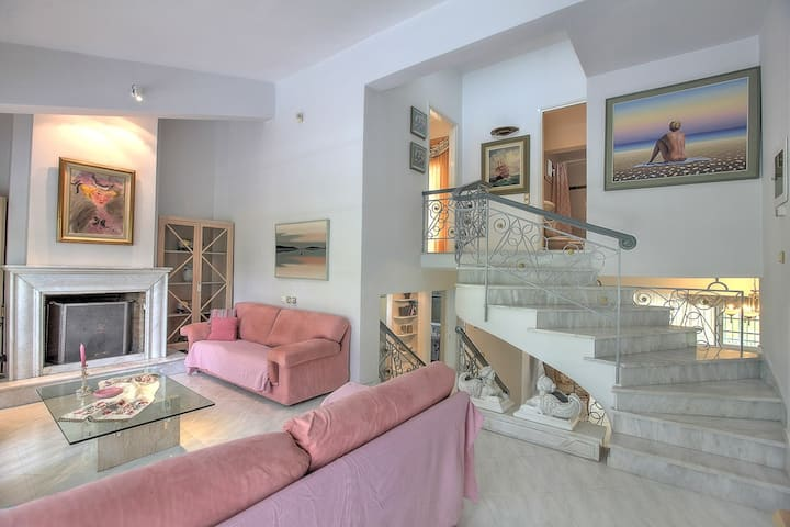 #halu! Litochoro Elegant & Quiet Villa with Garden