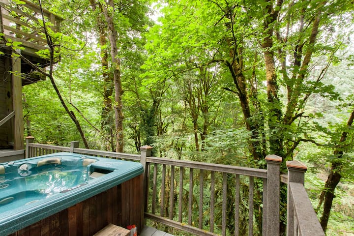 A room with a view?  Nice.  A hot tub with a view?  Priceless.