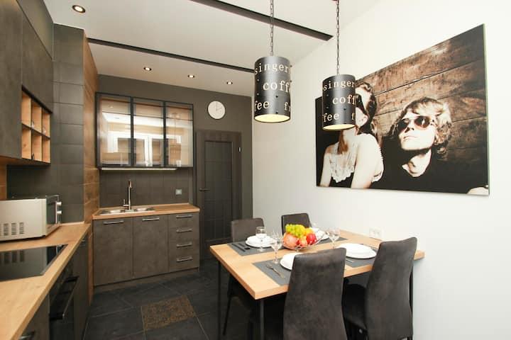 Дизайнерские апартаменты  в Аркадии-(413)