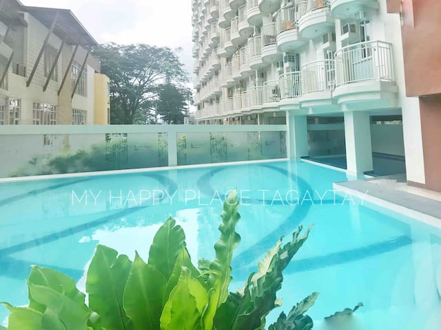FREE access to swimming pool
