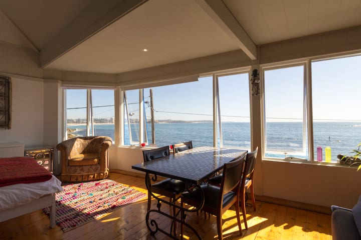 THE CLOSEST OCEAN YOU WILL EVER BE - Manly - Apartment