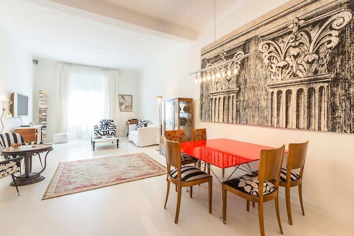 Art deco apt in design district apartments for rent in for Art design milano