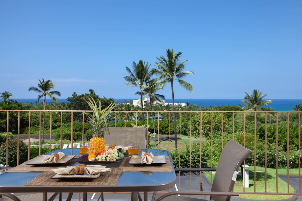 Breakfast on the Lanai is our favorite, make it yours too.